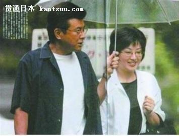 三浦友和与山口百惠近年被拍到的照片(资料图)-三浦友和自曝婚姻图片