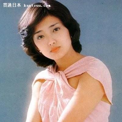 山口百惠资料图片-上户彩因容貌相像 被传是山口百惠私生女 图图片